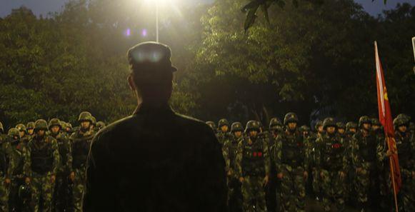 武警極限訓練 鍛造南粵特戰尖兵