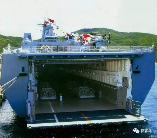 """071登陸艦,真正""""超能裝""""……"""