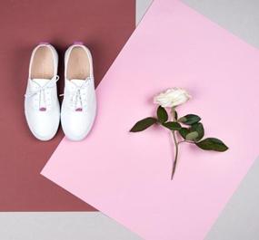 如何运动板鞋秒杀烂大街的小白鞋?