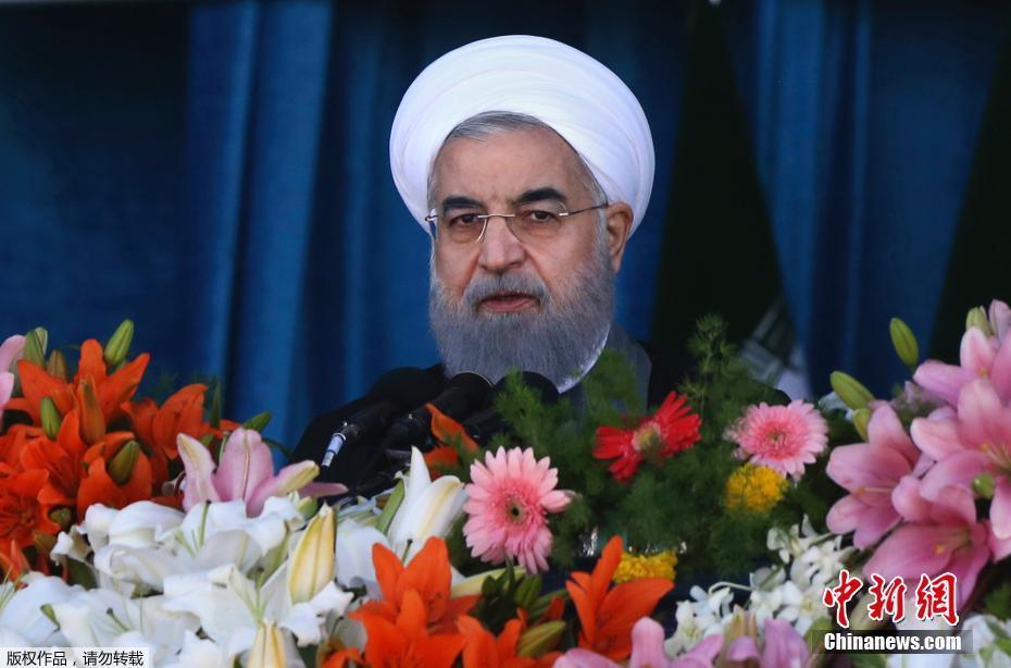 伊朗举行建军节阅兵 身着吉利福的狙击手抢眼