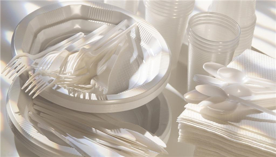 上海市质监局:塑料餐具购买使用需谨慎