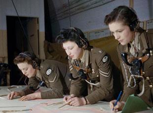 二戰罕見彩色照片曝光 多數為首次面世