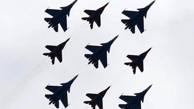 俄举行胜利日红场阅兵式空中部分彩排