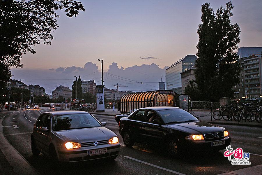 晚上的街道