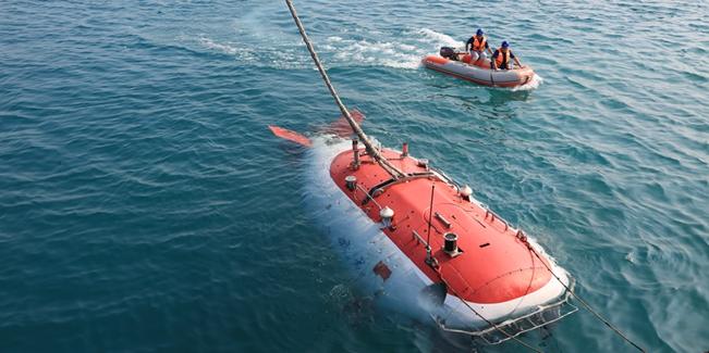 蛟龙号进行下潜全过程演练 潜器状态稳定
