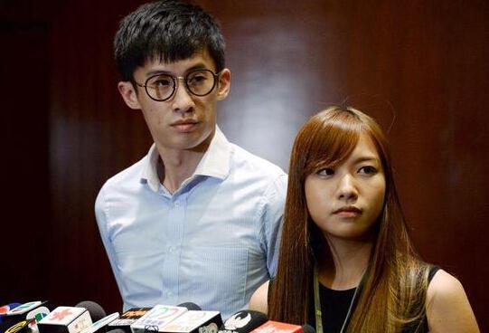 香港'辱国议员'梁、游二人被捕 本周五将提堂