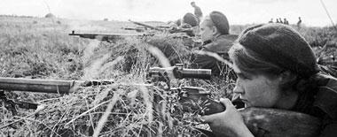 一組圖片帶你領略俄衛國戰爭中的巾幗風采