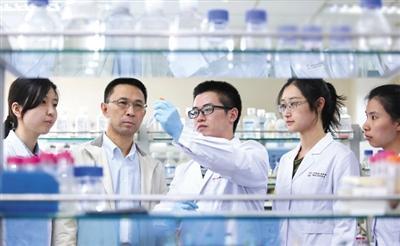 """清华大学研发团队:""""滴血测癌""""说法系媒体误读"""