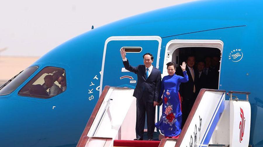 越南国家主席陈大光抵达北京