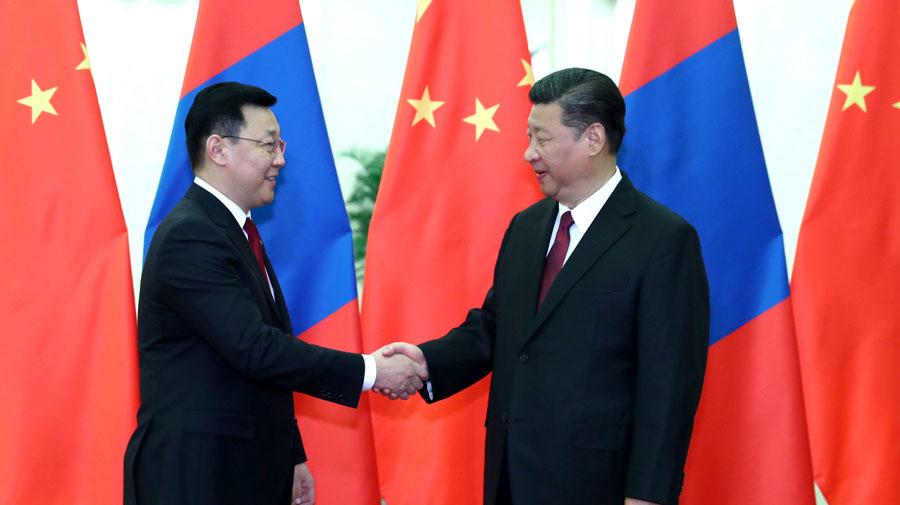 习近平会见蒙古国总理额尔登巴特
