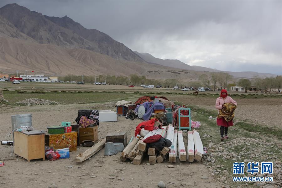 (社会)(1)新疆塔什库尔干县地震1.2万人受灾