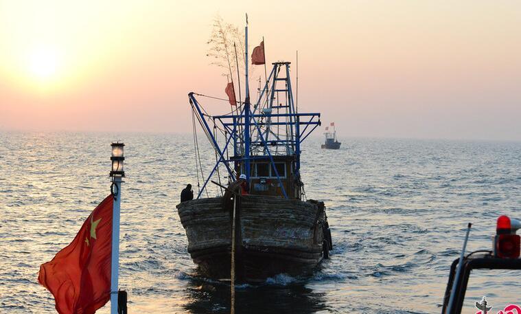史上最严伏休季:伏休战士驻守海上 日夜巡航