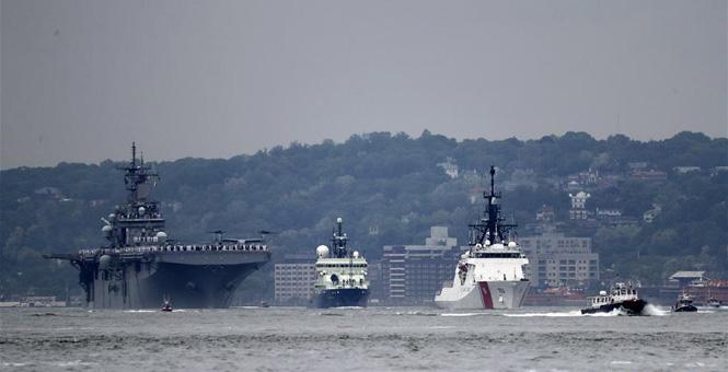 纽约举行舰队周 多艘舰船参加