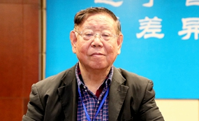 中国教育学会初中教育专业委员会名誉理事长 李锦韬