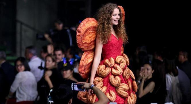 北京上演法国面包时装秀