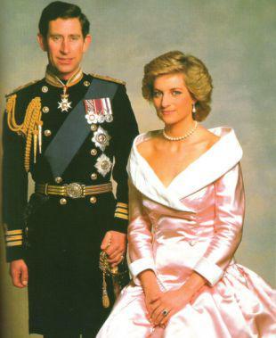 查尔斯王储与戴安娜王妃.资料图-查尔斯旧信曝光 称与戴安娜结婚像