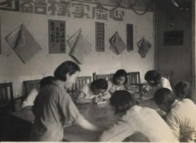 HD-SX12,348.0000华大幼儿园保育员正在学习文化