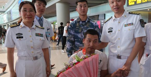 海軍總醫院展開救治護航戰士