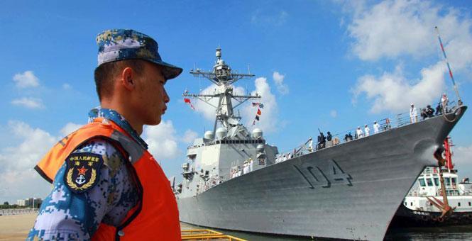 """美海軍""""斯特雷特""""號驅逐艦訪問湛江"""