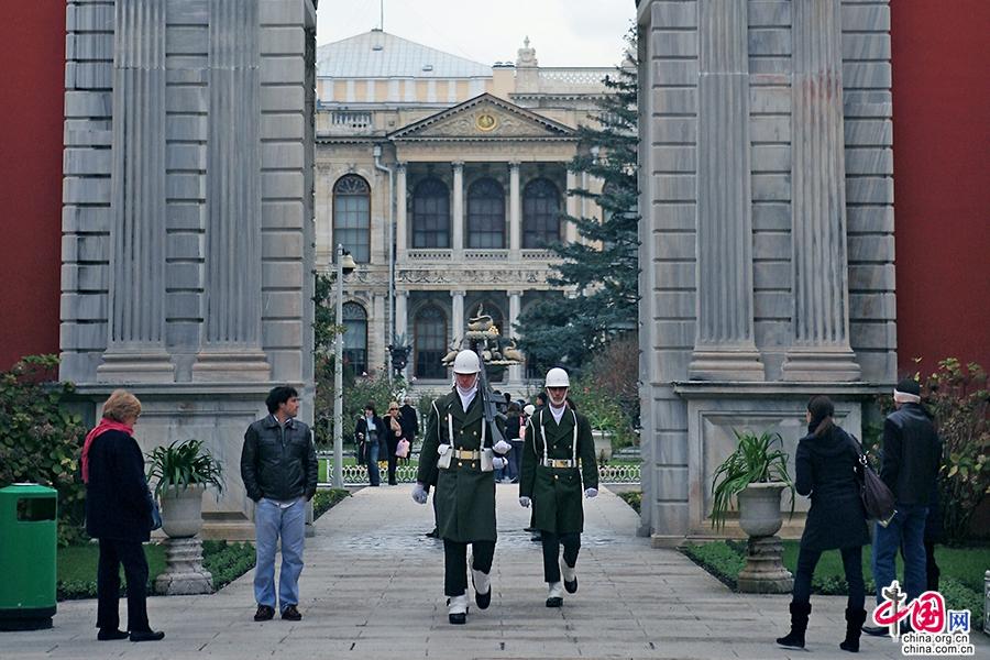 多玛巴赫切宫礼宾殿