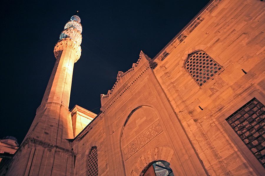 耶尼清真寺的宣礼塔