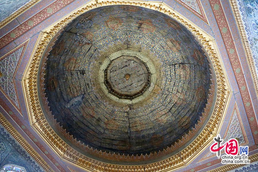 穆拉德三世私人宫殿休息区镀金穹顶