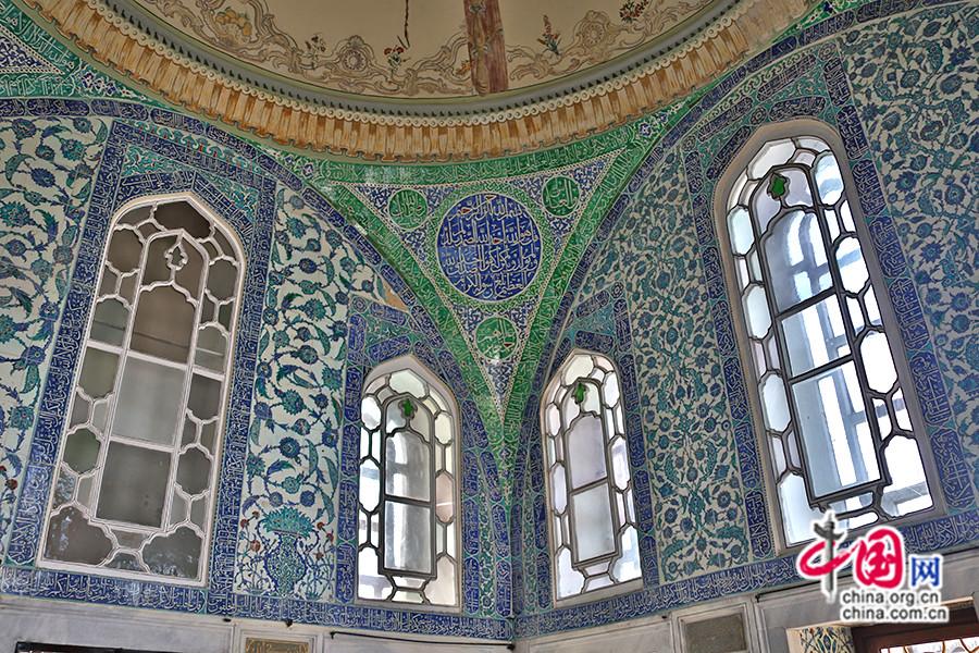 艾哈迈德三世私人宫殿内部装饰以简洁为主调