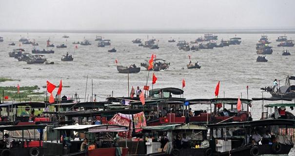 我国最大淡水湖鄱阳湖春季禁渔结束[组图]