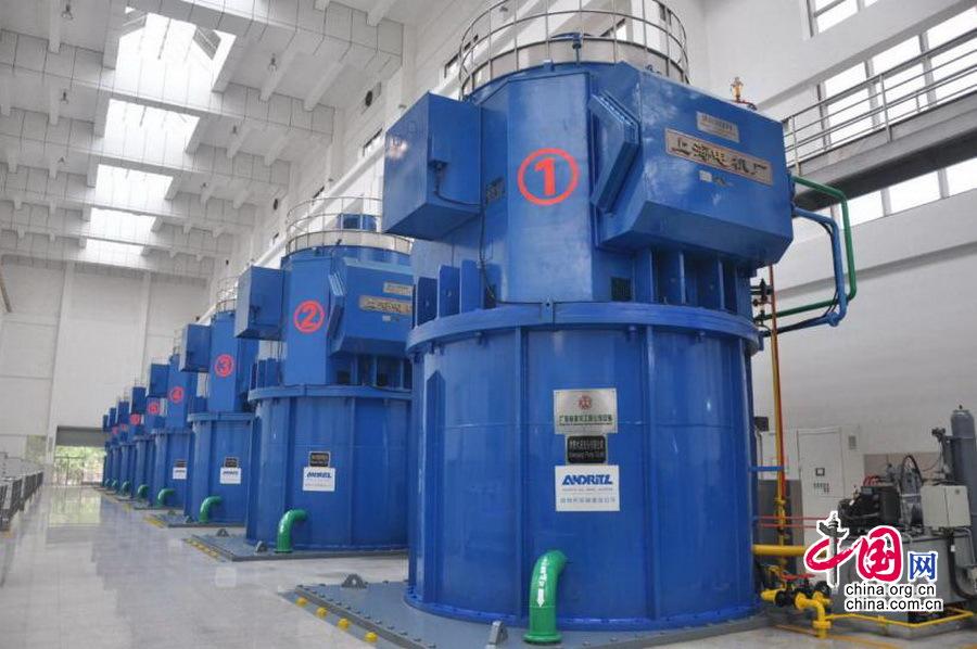旗岭泵站机组,采用液压式全调节立轴抽芯式斜流泵,单机设计流量15