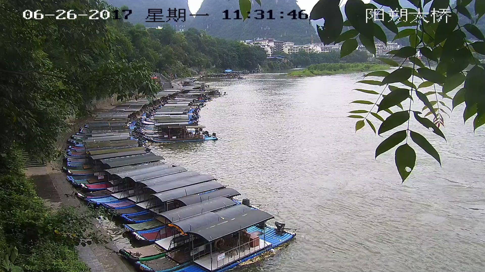 广西桂林继续遭遇大暴雨 漓江排筏全线封航