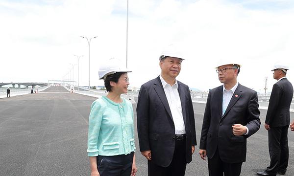 习近平考察香港重要基础设施建设项目