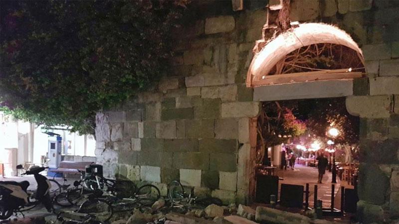 土耳其西南部发生6.7级地震 致希腊科斯岛2人死亡