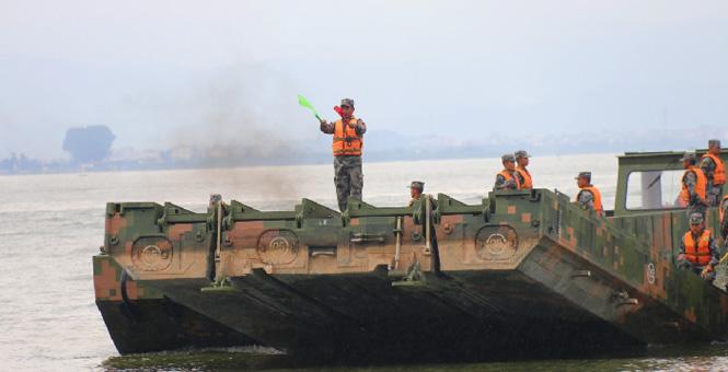 中国制造搭配军人速度:列装半年形成战斗力
