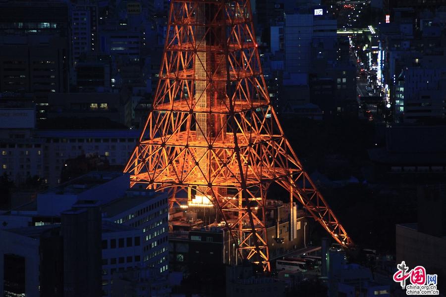 东京塔为棱锥体