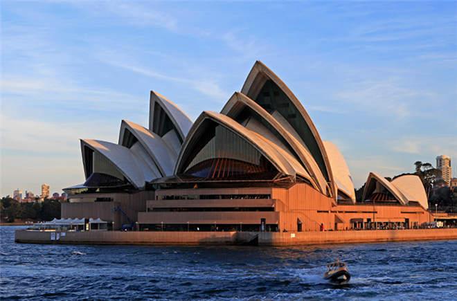 【中国人走世界】奇特奥秘——悉尼歌剧院