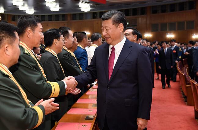 庆祝中国人民解放军建军90周年文艺晚会《在党的旗帜下》在京举行[组图]