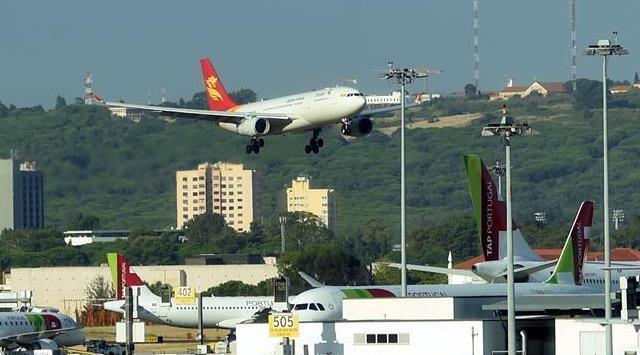 葡中首条直航航线成功首航