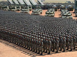 沙场点兵 大漠列阵:高清大图带你全景看阅兵