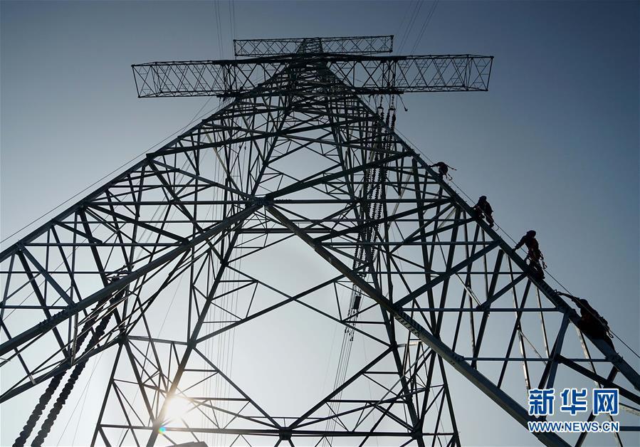 昌吉-古泉±1100千伏特高压直流输电线路河南段进入架