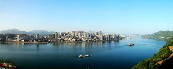 """重庆忠县:拉开""""一江两岸三片区""""城市骨架"""