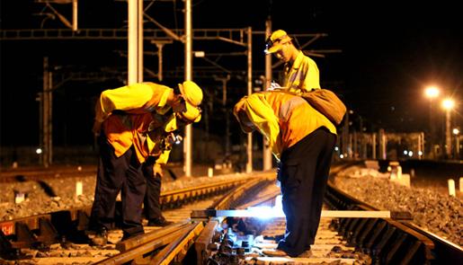 受地震影响的宝成铁路等设备状态良好 已有序开通