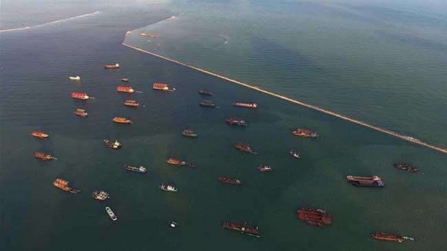 河北唐山:船舶回港防御风暴潮