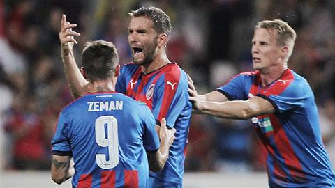 欧联附加赛:比尔森胜利主场3-1逆转AEK拉纳卡