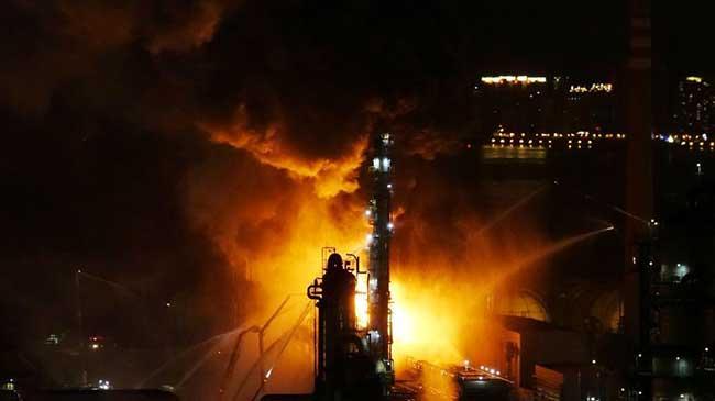 中石油大连石化分公司发生火灾
