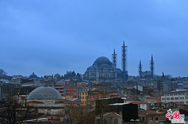 【中国人走世界】蓝色土耳其——狄奥多西广场