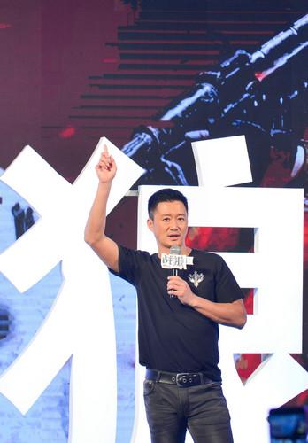资料图片:7月10日,导演兼主演吴京亮相《战狼2》新闻发布会。新华社记者 覃海石 摄