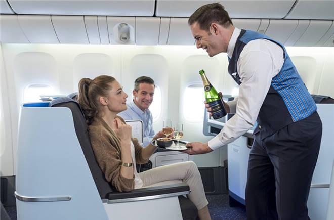 荷航波音787-9梦想飞机执飞北京至阿姆斯特丹往返航线