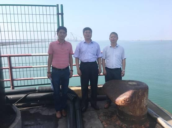 罗亚蒙教授一行在渤海新区黄骅港调研