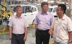 罗亚蒙教授一行在北汽集团渤海新区黄骅厂区调研