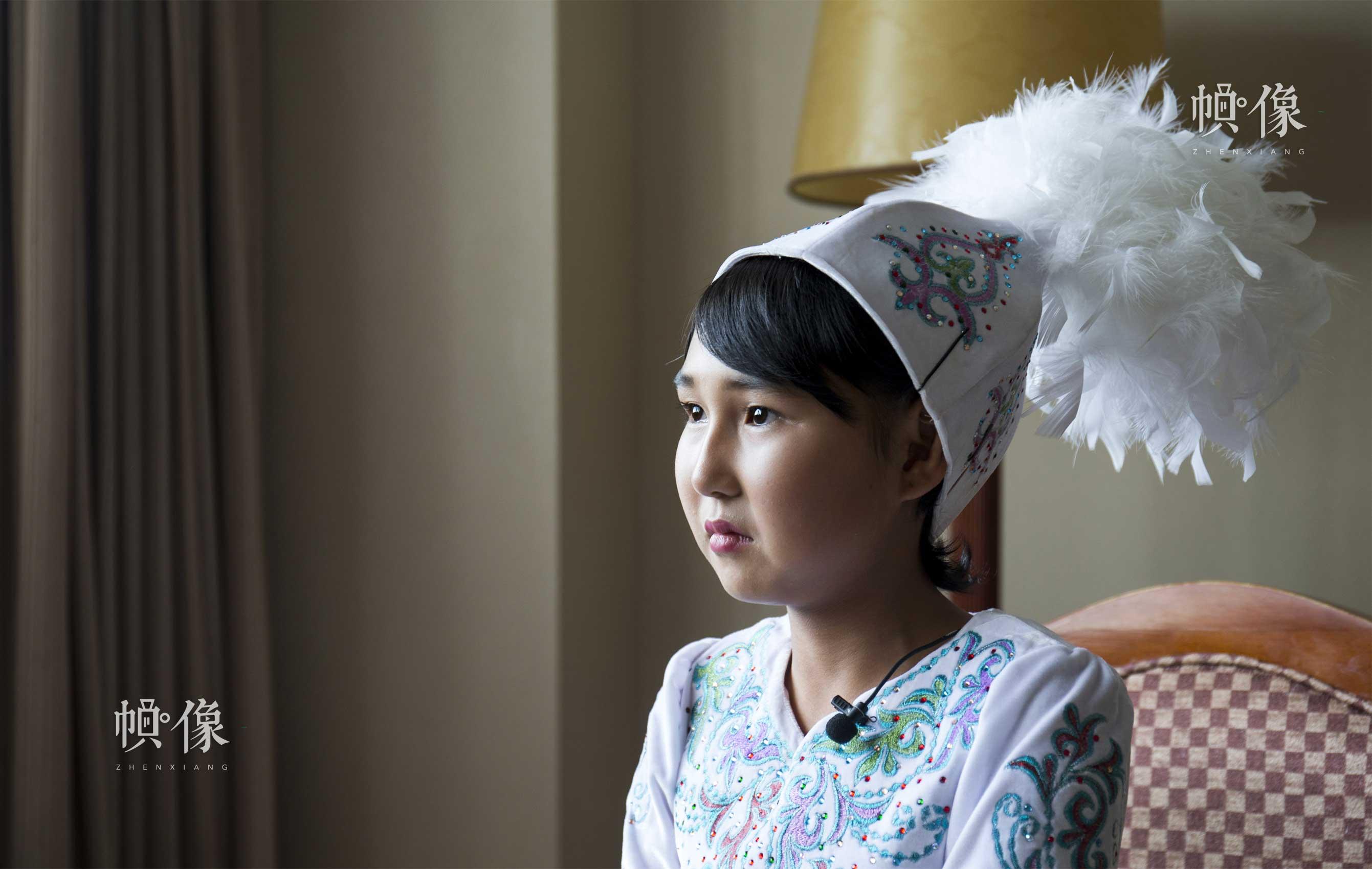 2017年8月28日,维吾尔族受助女童尤丽吐孜•玉努斯接受中国网记者专访。中国网实习记者 李欣颖 摄
